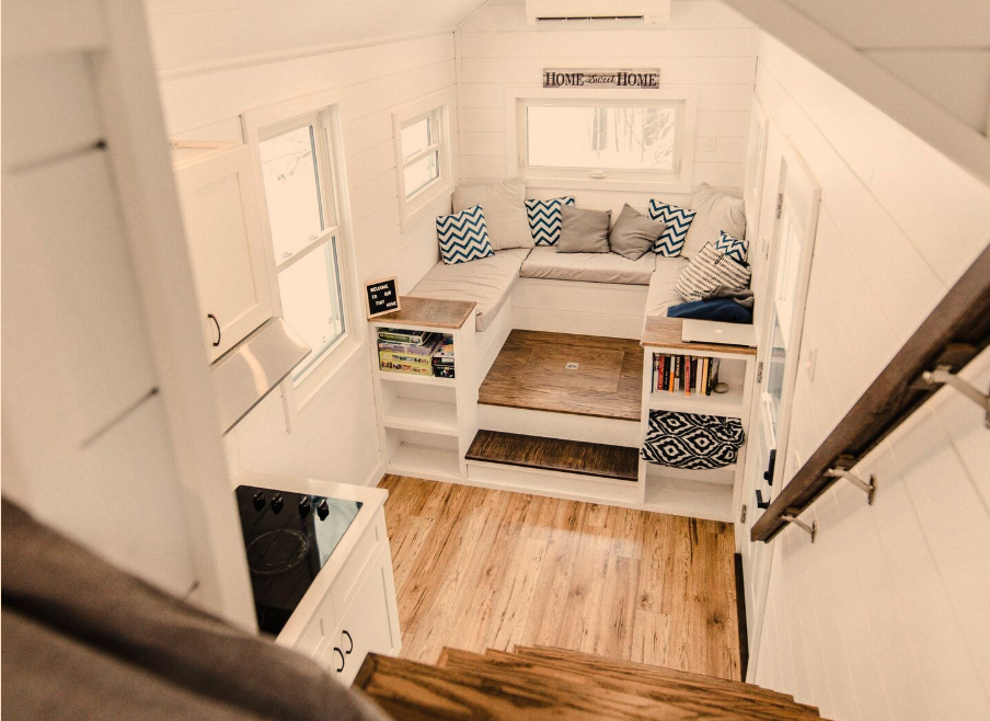 27 Tiny Houses in Canada You Can Rent on Airbnb in 2020!