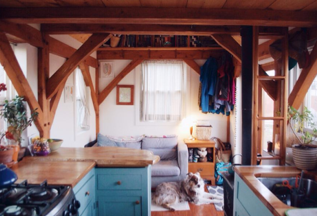 Tiny Timber House (@tinytimberhouse)