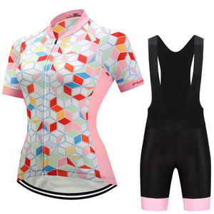 TrendyCycling Women's Jersey and black bib / 3XL / LightPink Coral Gem - Women's Short Sleeve Jersey Set
