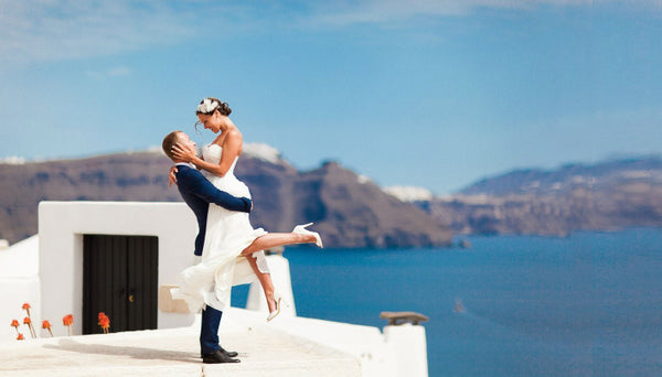 best beach wedding destinations Santorini