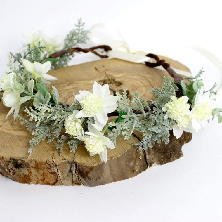 SYDNEY White Flower and Fern Floral Crown