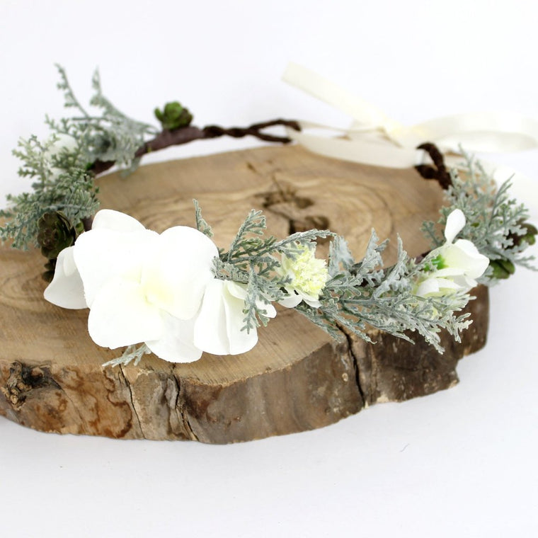 RILEY White Hydrangea and Fern Flower Crown