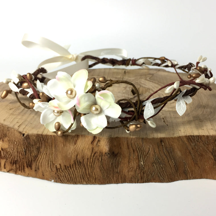 HANNAH White Flower Gold Pip Flower Crown