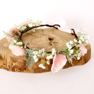 Load image into Gallery viewer, gypsophila sweet pea flower crown