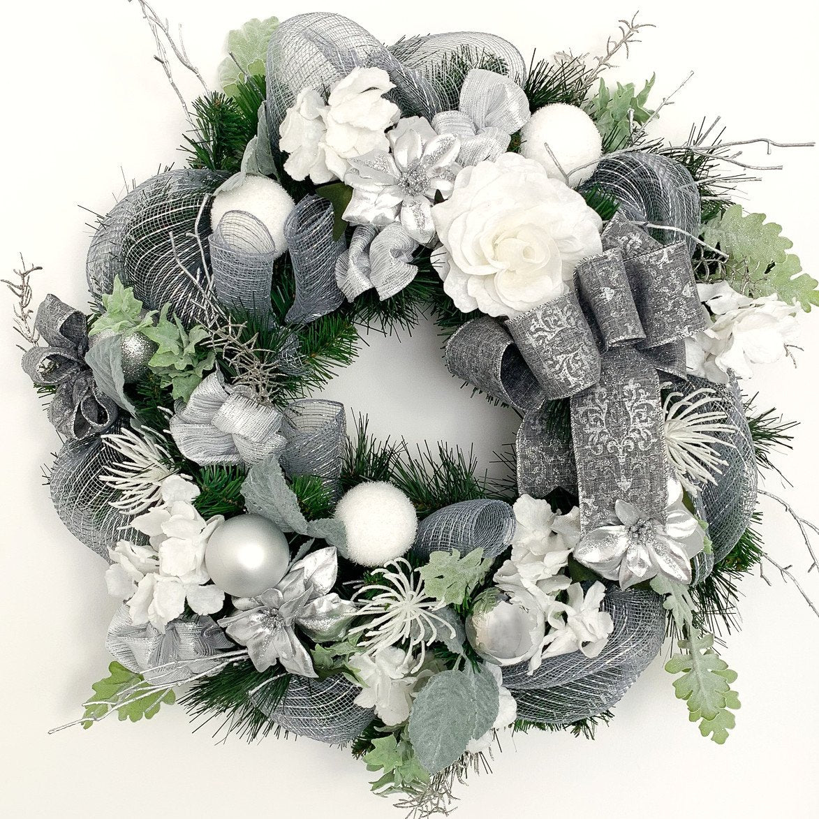 silver and white christmas wreath