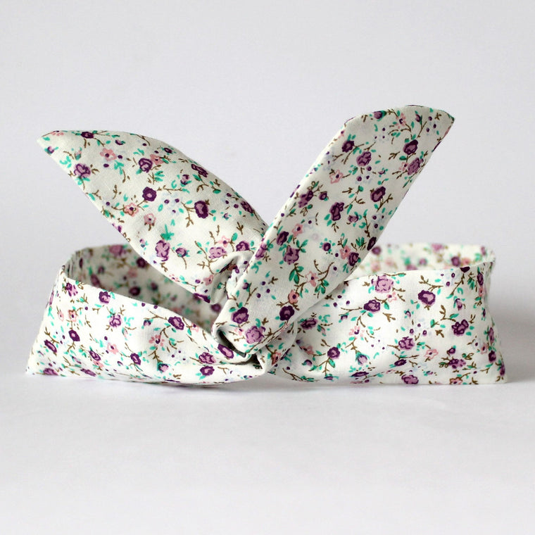 Cream Ditsy Floral Dolly Bow