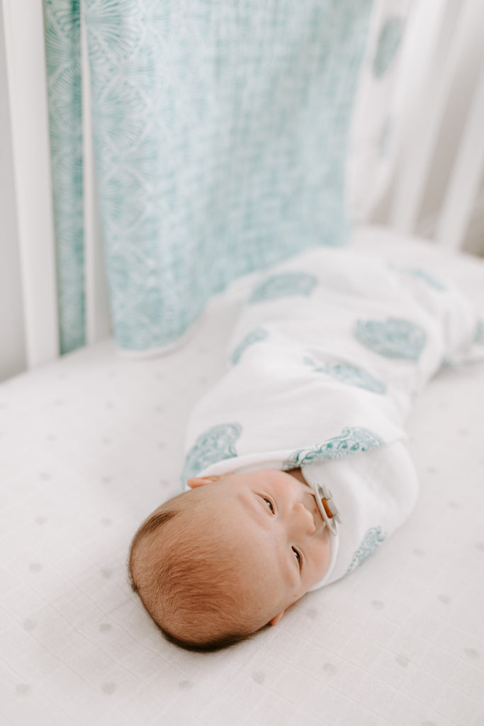 aden + anais classic swaddle - 	 paisley - teal - paisley drop