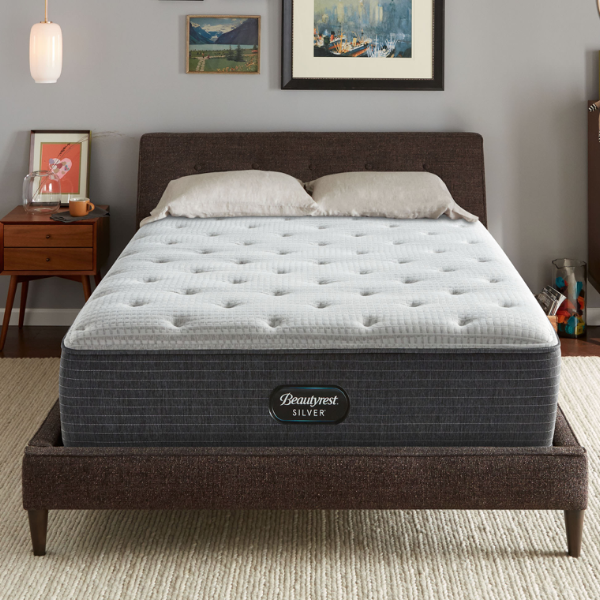 Beautyrest Silver BRS900-C™ Plush-Simmons-Sleeping Giant