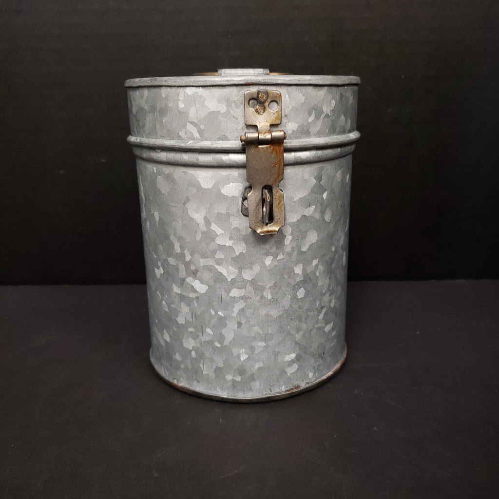 UMA Galvanized Can with Lid-UMA-Sleeping Giant