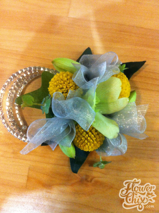 Funky Yellow White Corsage