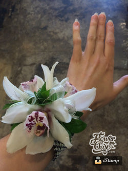 Large Bloom White Cymbid Orchid Corsage