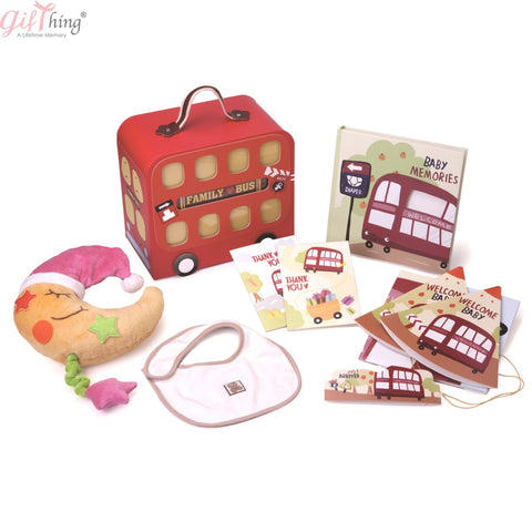 GIFTHING Family Red Bus Hamper