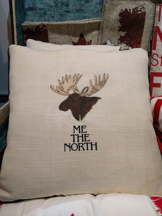 Pillow 17x17 'Me North' Moose