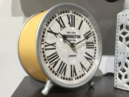 Mellow yellow table clock to brighten you up