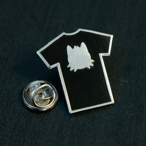 black tee shirt club pin badge collector pomeranian munjo logo