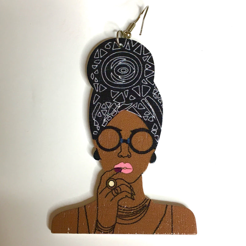 Girlfriend Earrings - shopdraped