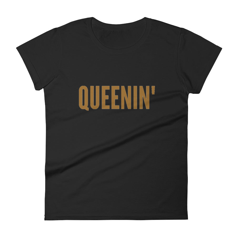 Queenin' Tee - shopdraped