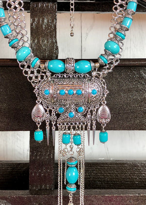 Speared Maddox Turquoise Pendant Bib Necklace - Silver - Madam Gypsy
