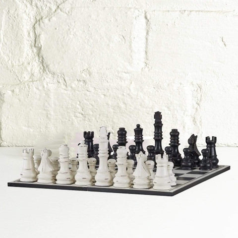 Gentlemens Chess Set