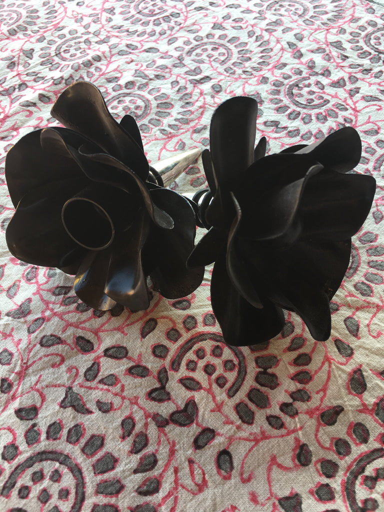 Black Flower Bottle Stopper (Candle)