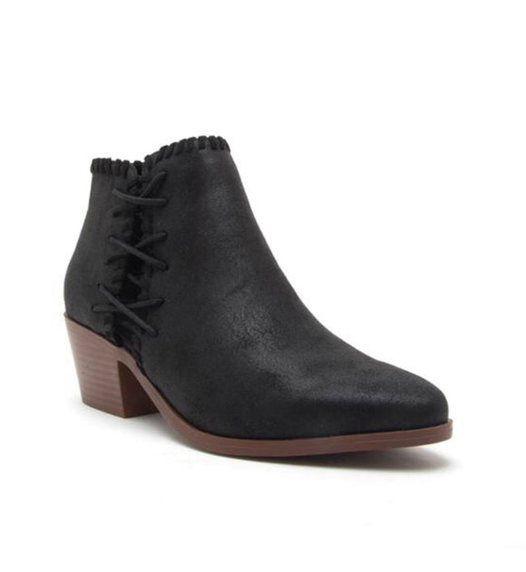 Montana *Black Distress* Booties