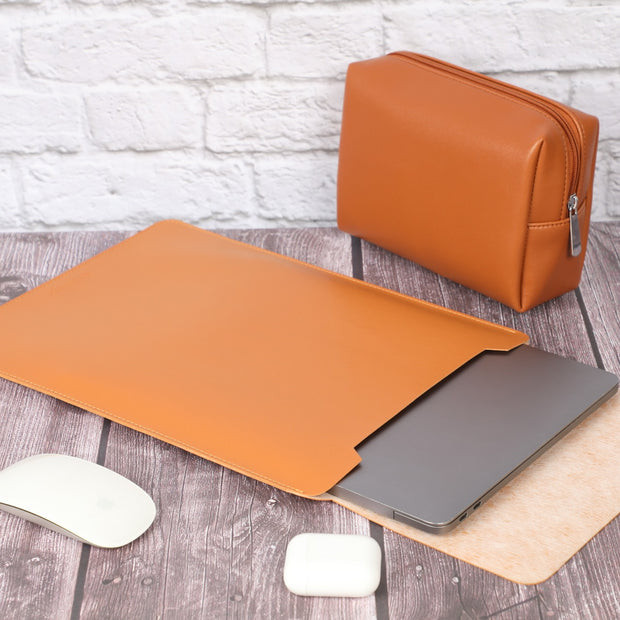 "16"" Vegan Leather Macbook Sleeve with Pouch"
