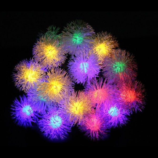 LEDPOM - Snow Pompon String Light - Xmas, Garden, Party Decorate Lights (2 Pcs)