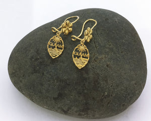 14K Yellow Gold Guam Seal Dangle Earring With Flower