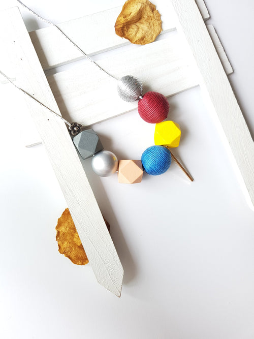 LINE BALL NECKLACE