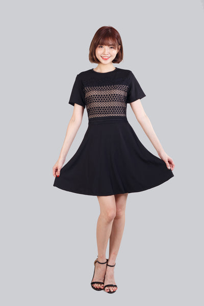 GWEN SLEEVES  DRESS BLACK