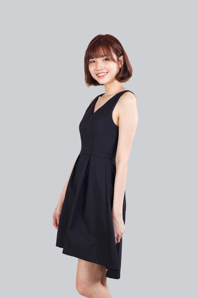 ELLA FLARE DRESS BLACK