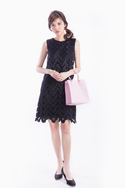 LESLEY SCALLOP LACE DRESS