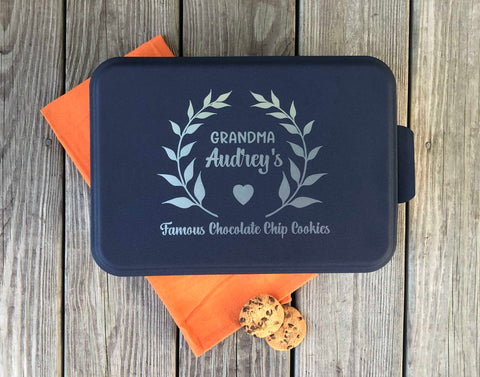 Personalized Cake Pan (Blue), baking gifts, gift for mom
