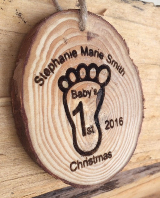 Personalized Baby feet Ornament - Favor Universe