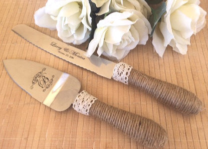 Cake serving set with burlap handle - Favor Universe