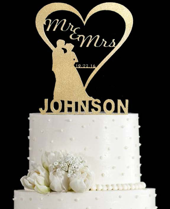 Wedding Cake Topper.Wedding Cake Topper With Heart And Silhouette