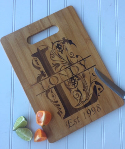 Monogram bamboo cutting board - Favor Universe