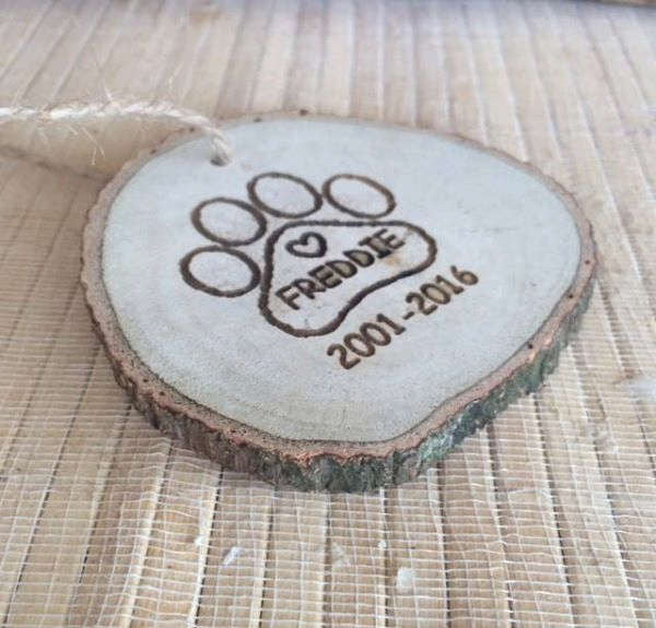 Pet Paw Christmas Ornament - Favor Universe