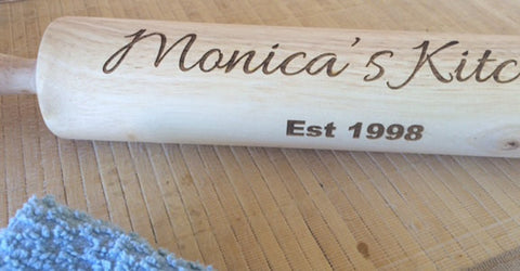 personalized rolling pin - Favor Universe