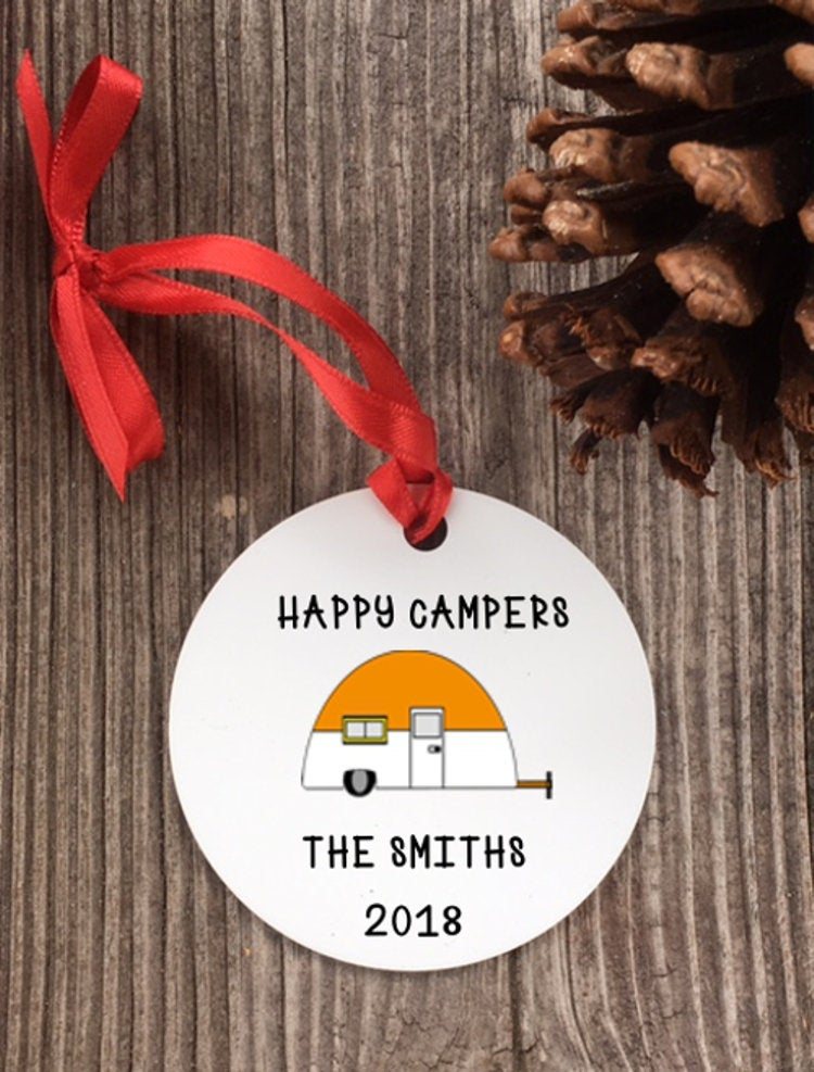 Camping ornament - happy camper - family vacation - Favor Universe