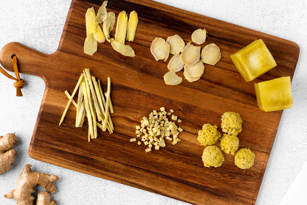 6 Ways to Cut and Freeze Ginger laid out on cutting board