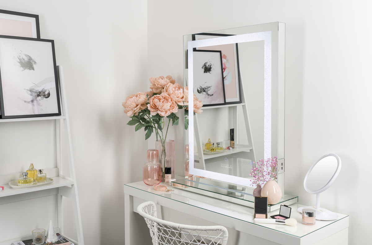 Set Up Your Dream Vanity Room In 5 Easy Steps Etoile Collective