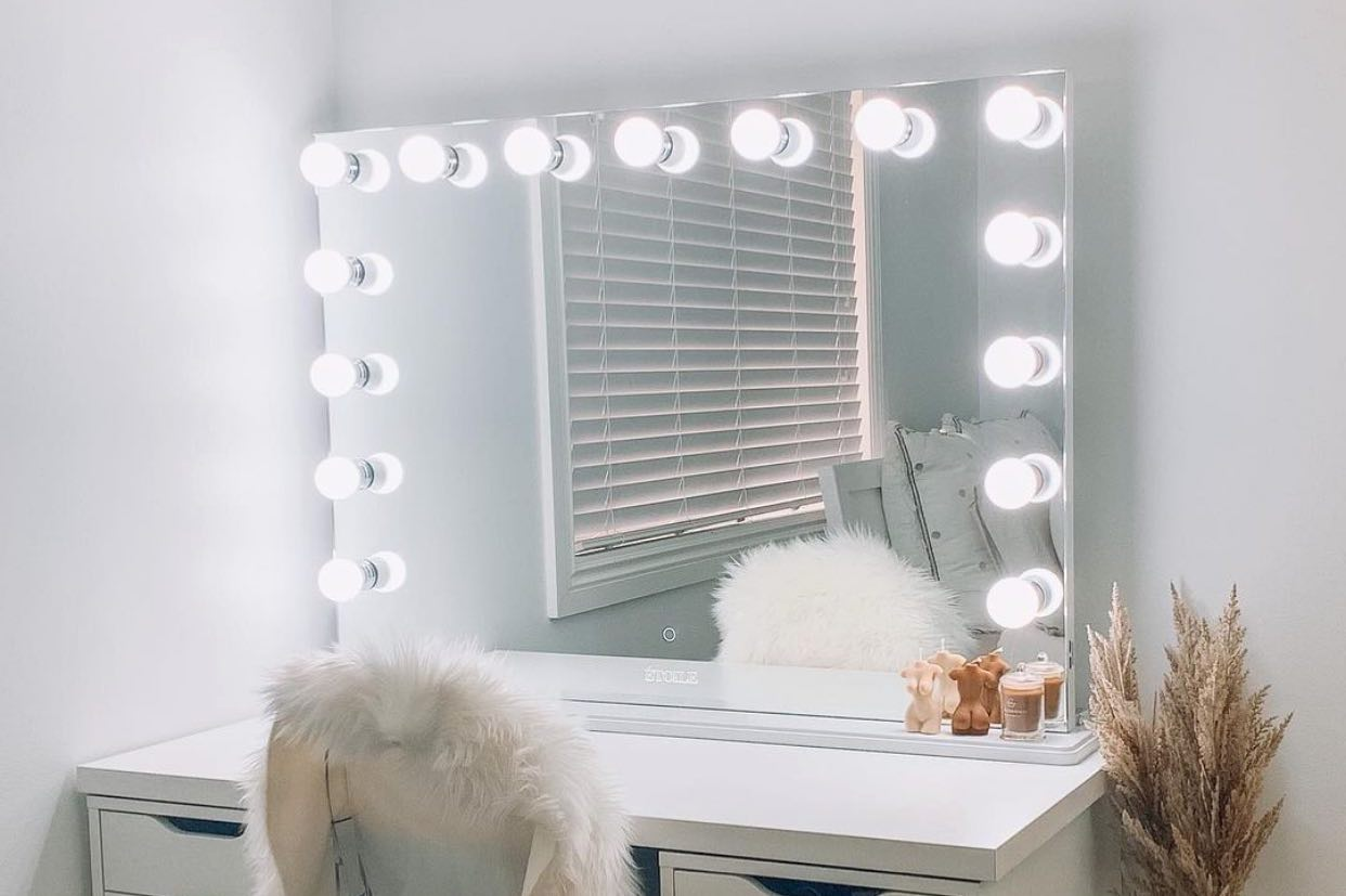 hollywood mirror style vanity mirrors to transform your space