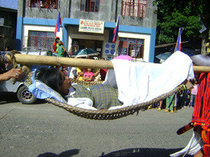 Hammocks as a low-tech transport method to save mothers in the Philippines