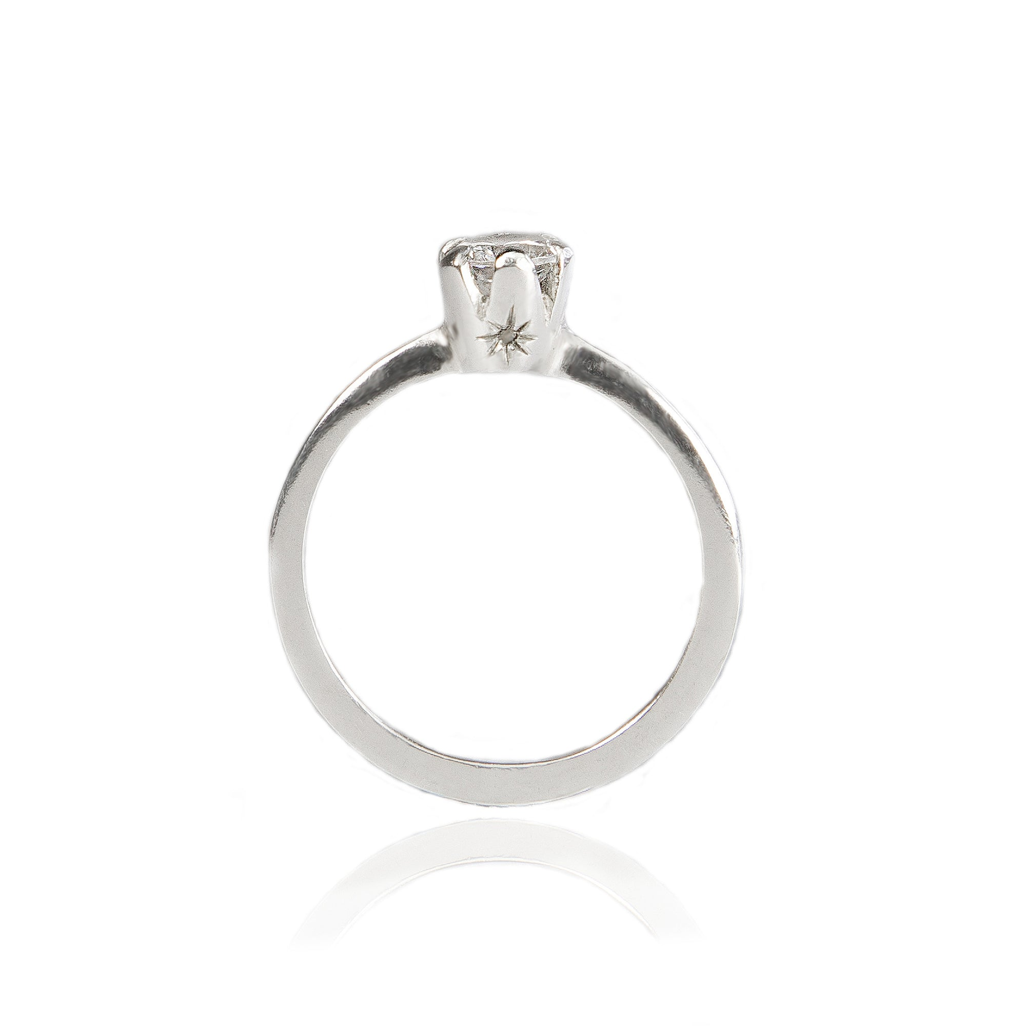 Marie Ethical Engagement ring