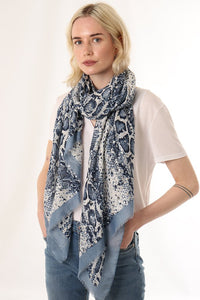 Snake Skin Print - blue/silver - m-use