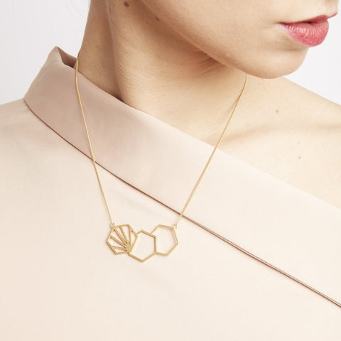 Three Hexagon Necklace - gold - m-use