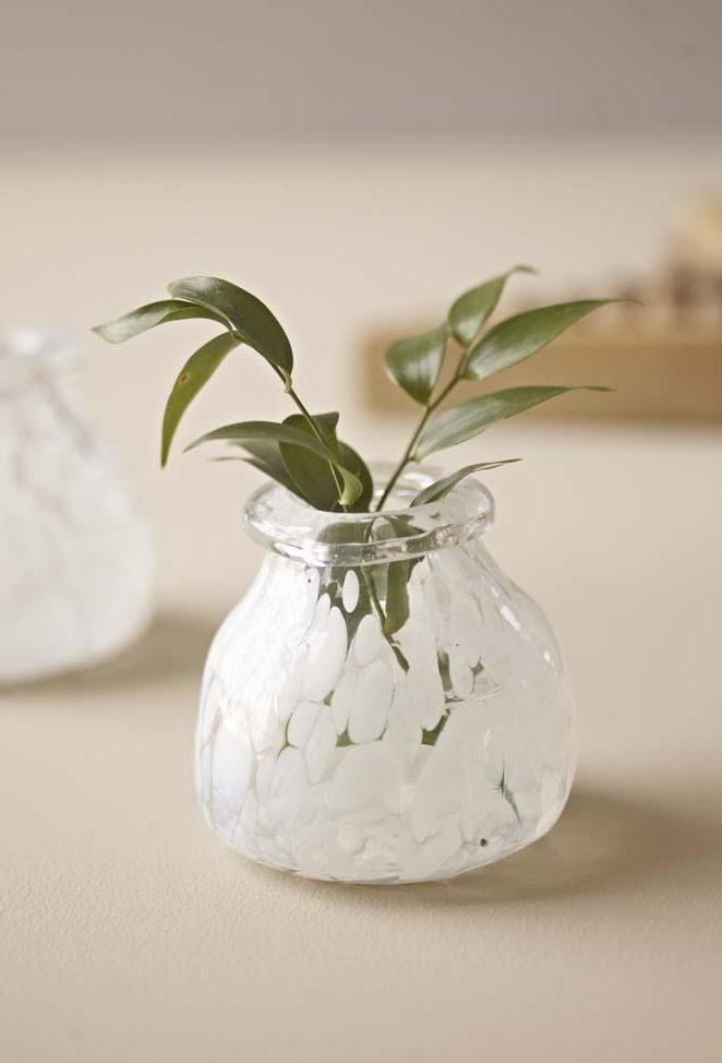 Dotted Bud Vase - white - m-use