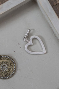 Open Heart Charm Small - silver