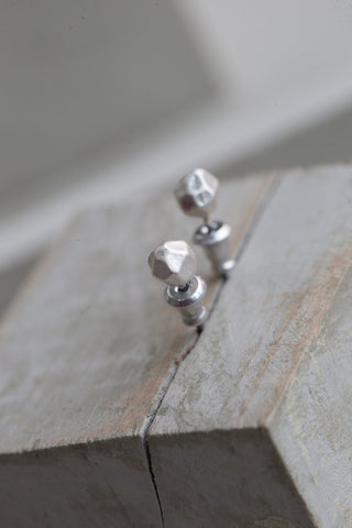 Faceted Studs - silver - m-use